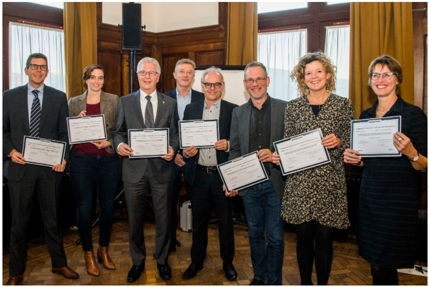 CERTIFICATES MATERIAL PASSPORT AWARDED TO MUNICIPALITIES IN THE AMSTERDAM METROPOLITAN AREA